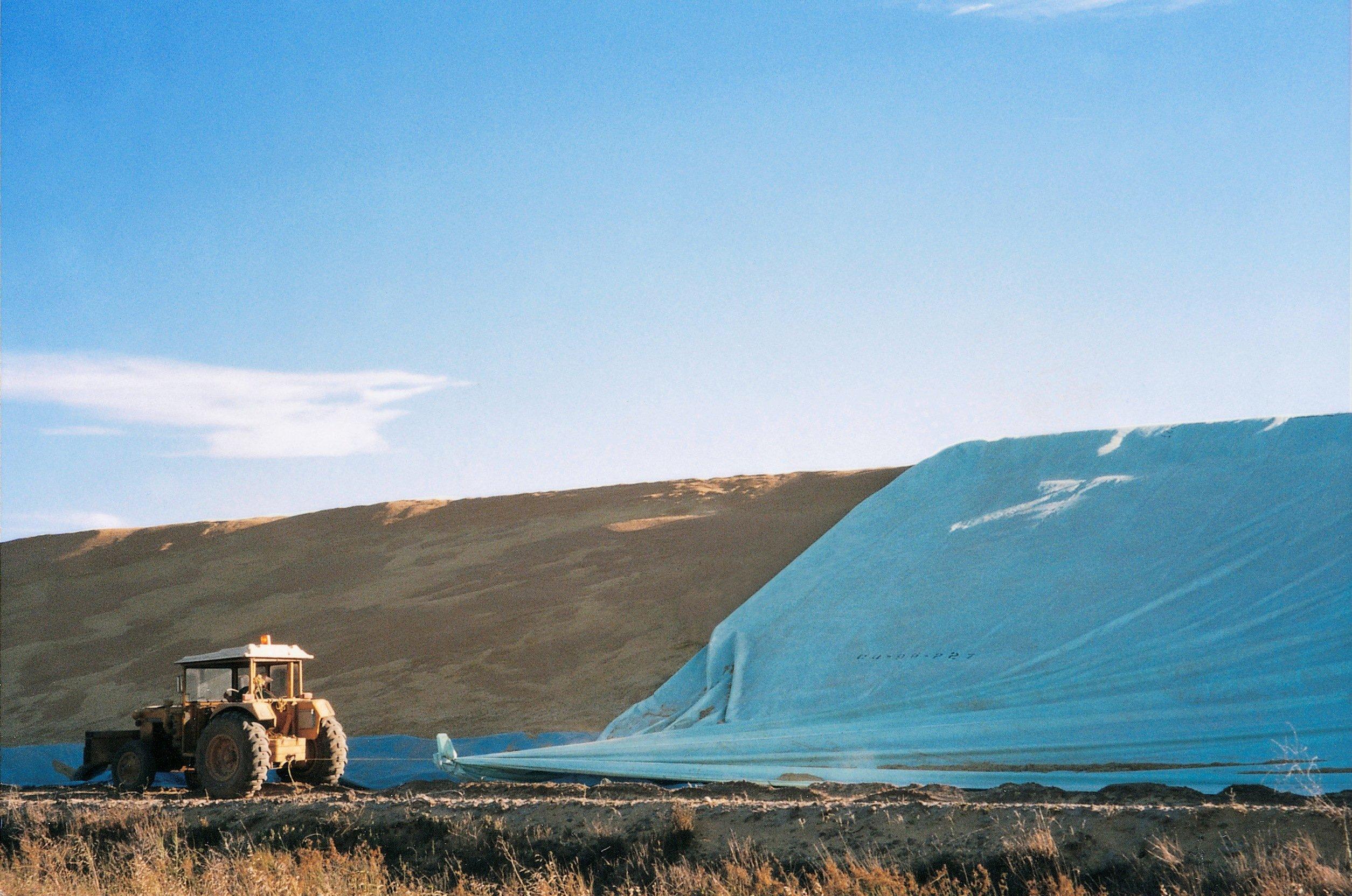flat tarp covers 1