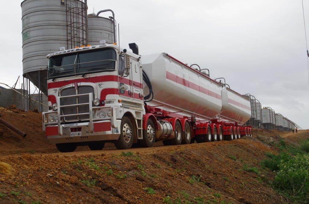Logistic Trucks Rolltarp
